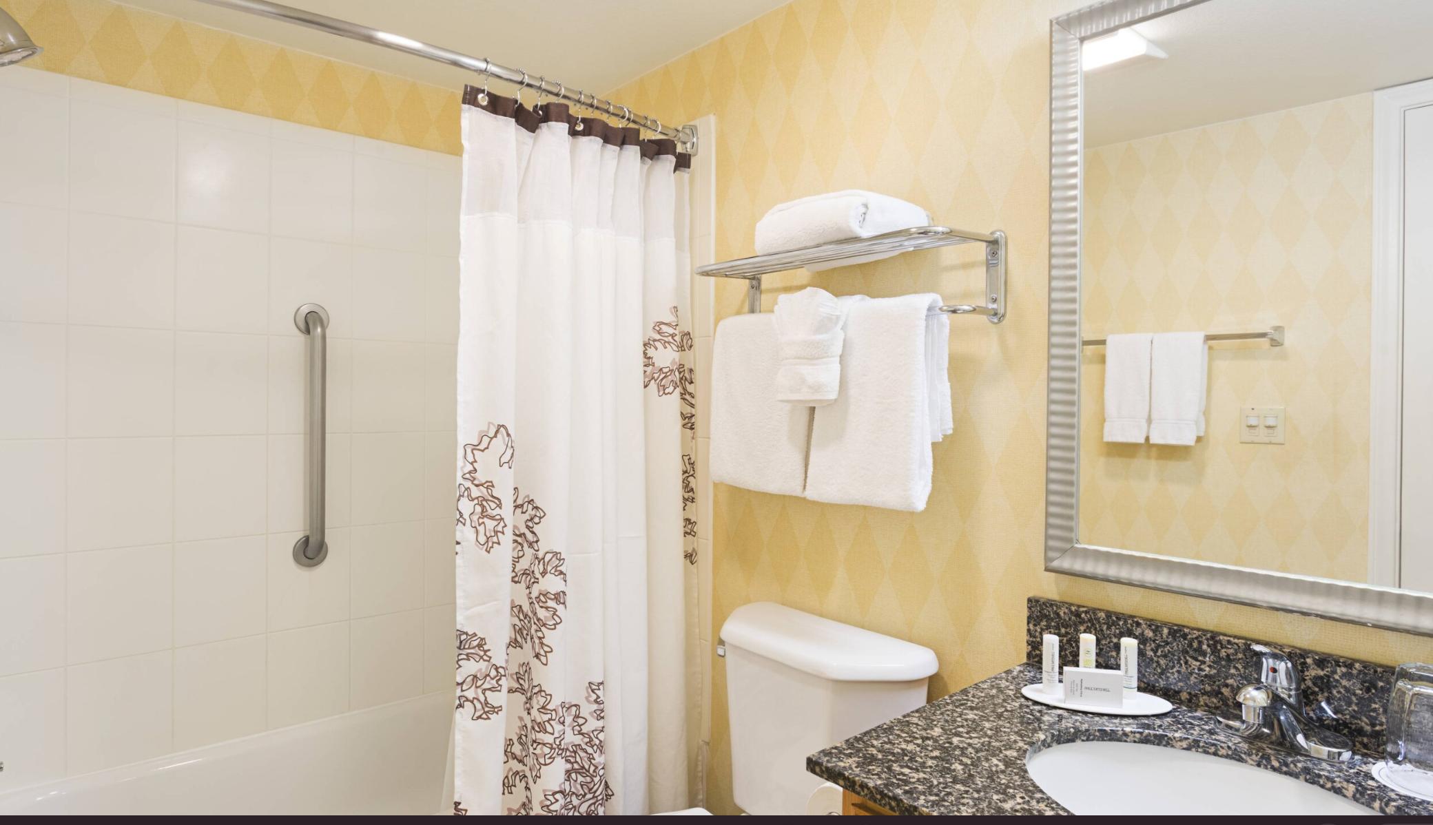 https://www.hotelsbyday.com/_data/default-hotel_image/4/21085/screenshot-2020-08-19-at-6-50-11-pm.png