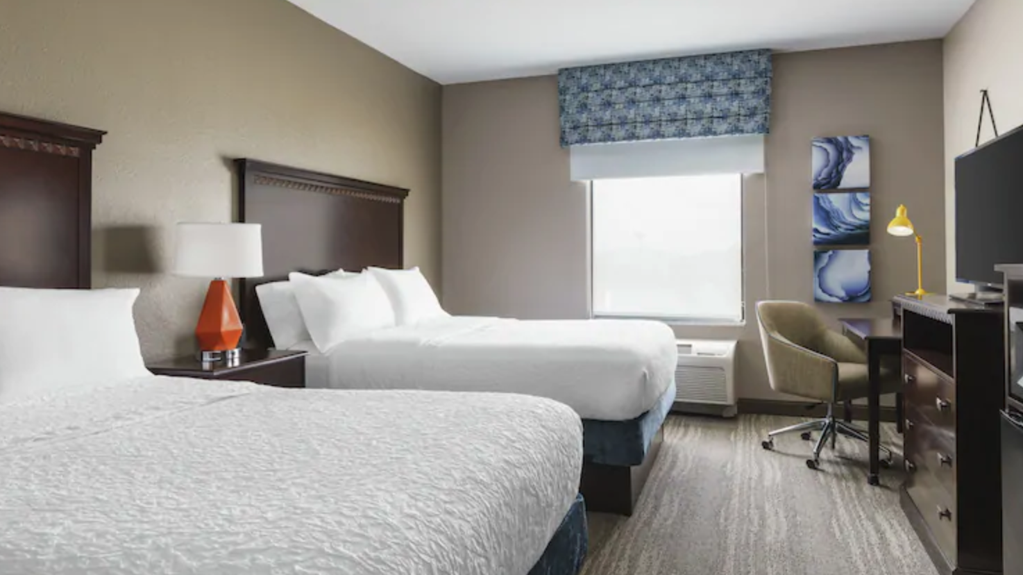 https://www.hotelsbyday.com/_data/default-hotel_image/4/21291/screenshot-2020-08-21-at-12-16-37-pm.png