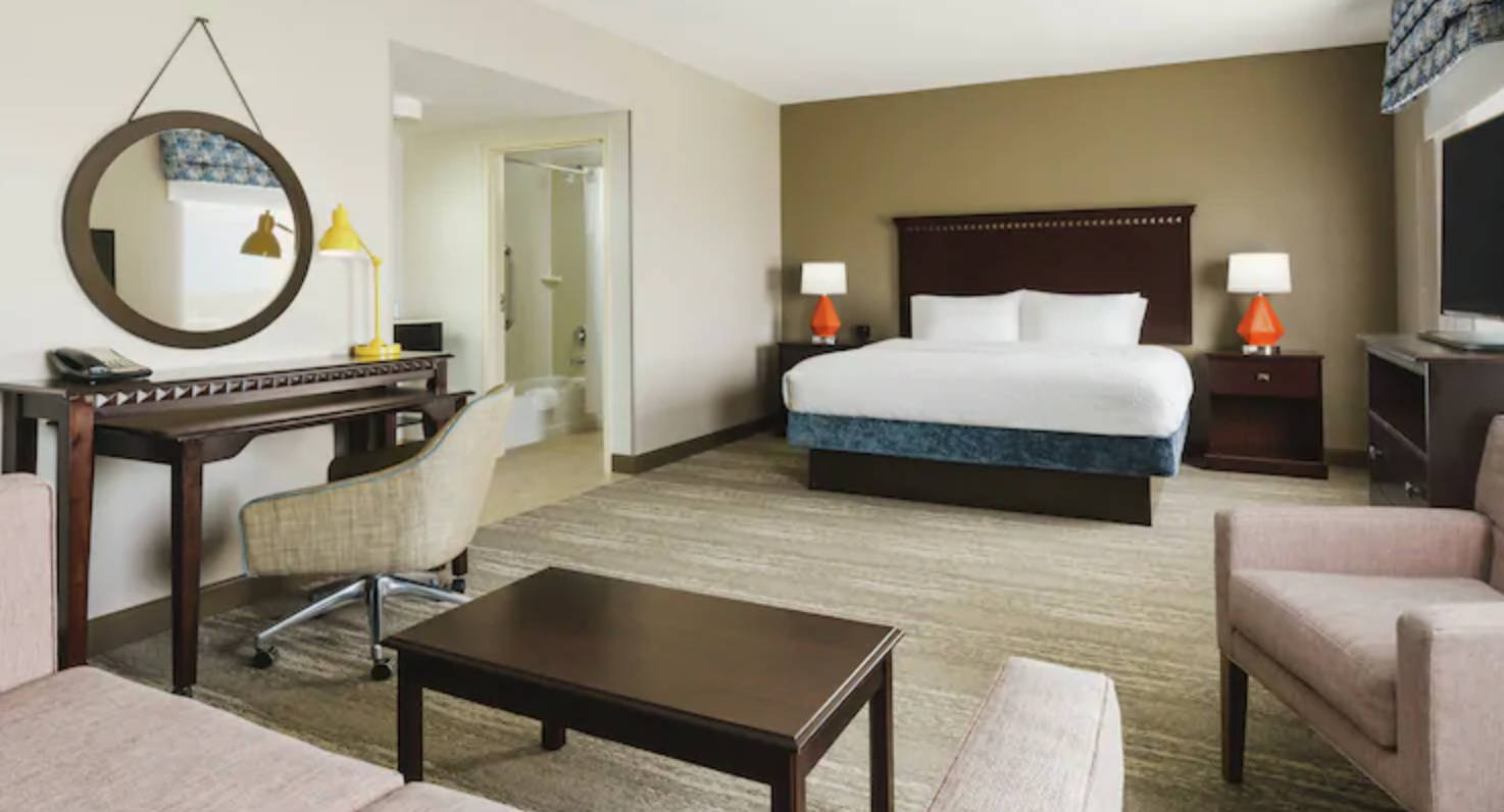 https://www.hotelsbyday.com/_data/default-hotel_image/4/21292/screenshot-2020-08-21-at-12-16-43-pm.png