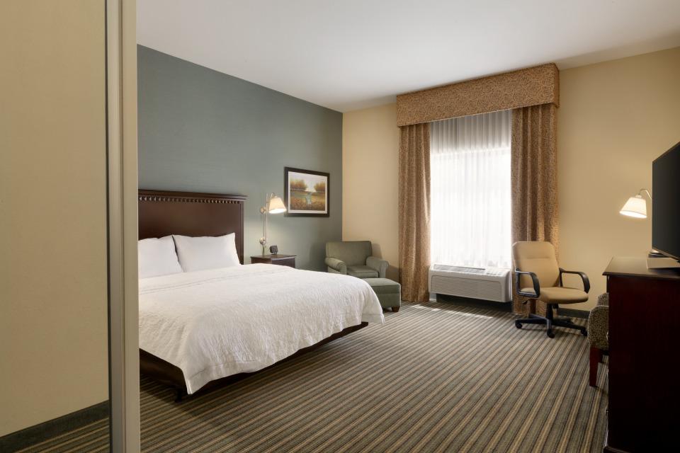 https://www.hotelsbyday.com/_data/default-hotel_image/4/21415/nkrqd.jpg