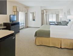 Hotel Holiday Inn Express & Suites Marathon image