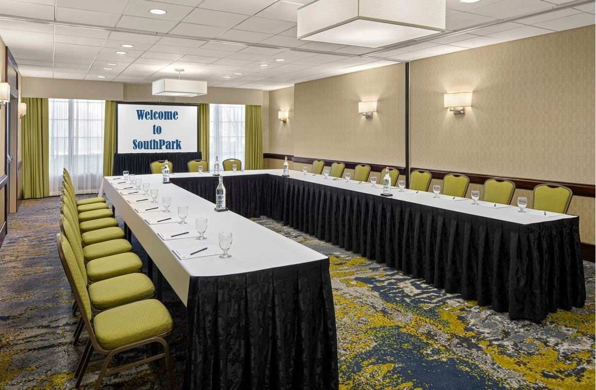 https://www.hotelsbyday.com/_data/default-hotel_image/4/21494/selwyn-room-dt-suites-charlotte-southpark.jpg