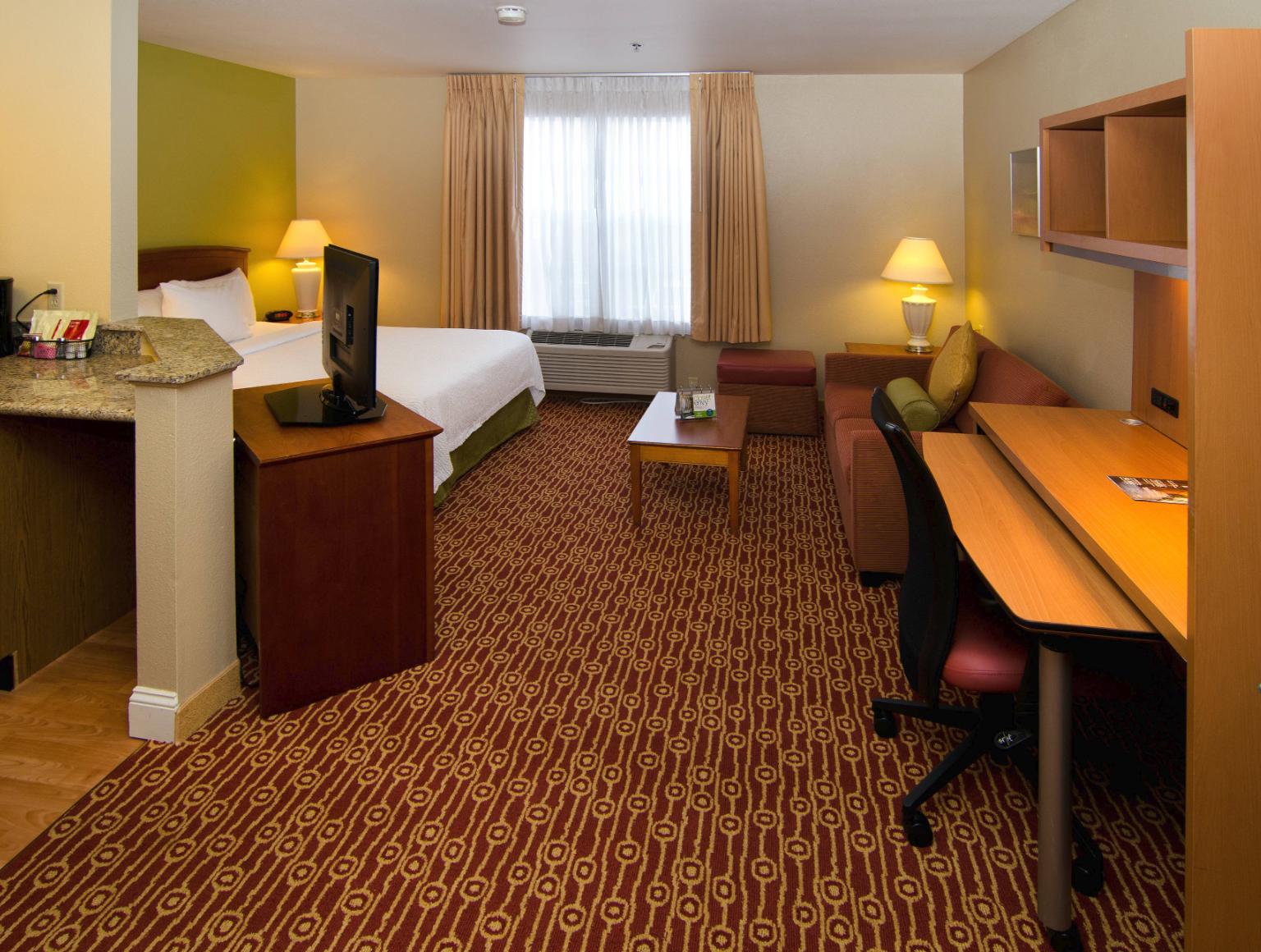 https://www.hotelsbyday.com/_data/default-hotel_image/4/21573/screenshot-2020-08-30-at-10-42-15-pm.png