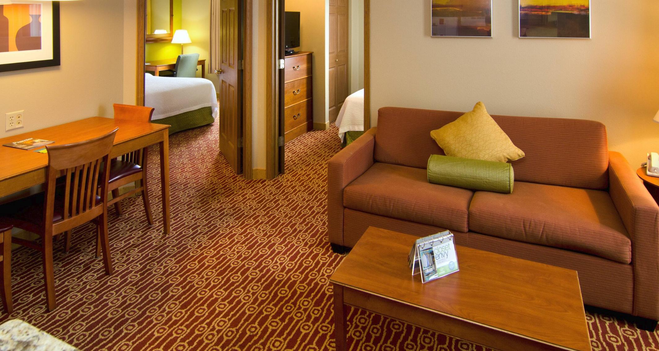https://www.hotelsbyday.com/_data/default-hotel_image/4/21575/screenshot-2020-08-30-at-10-42-31-pm.png