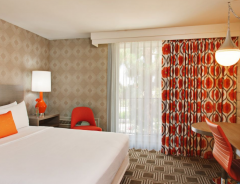 Hotel The Garland image
