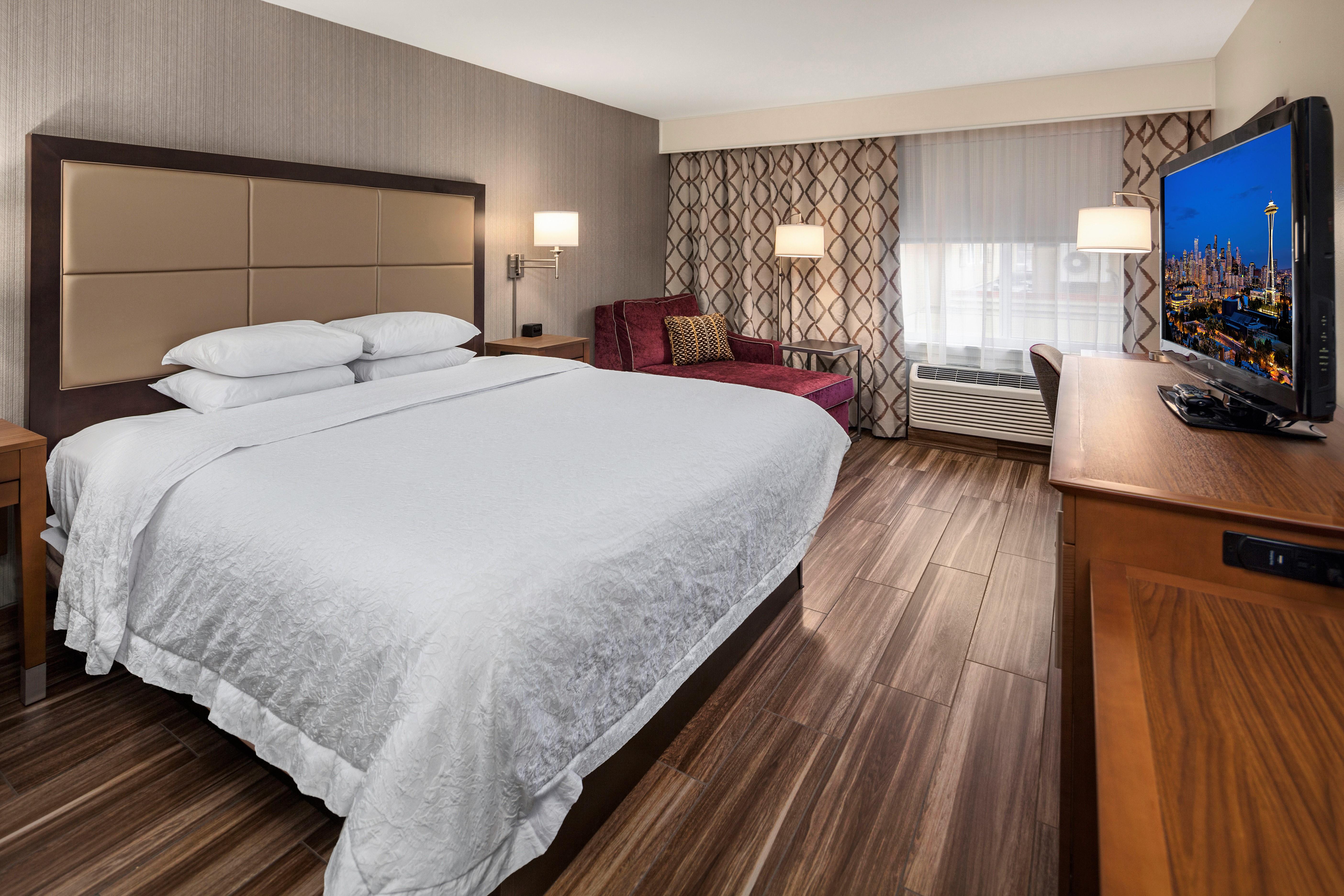 https://www.hotelsbyday.com/_data/default-hotel_image/4/21715/nkr.jpg