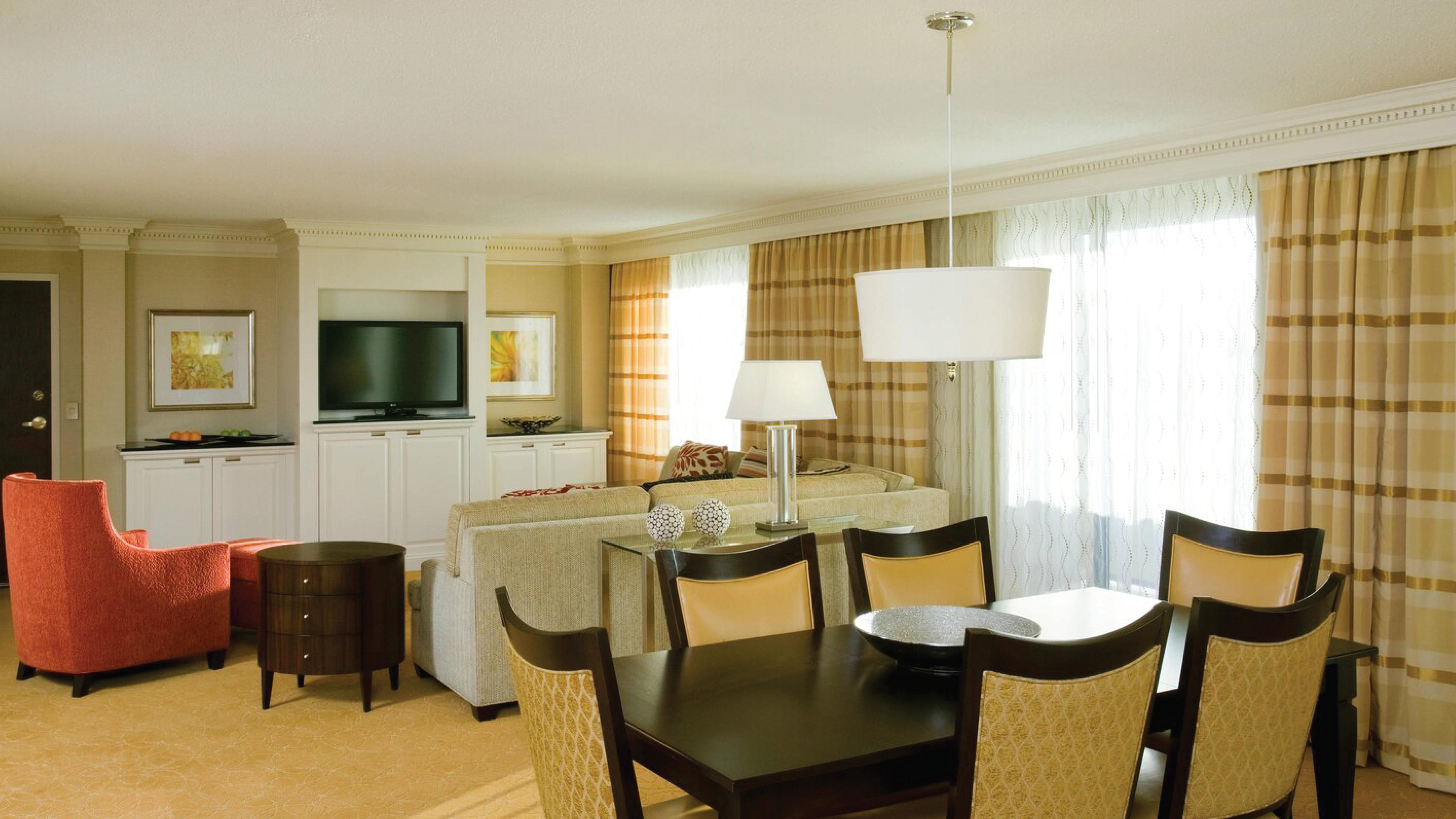 https://www.hotelsbyday.com/_data/default-hotel_image/4/21742/living-area-4.png