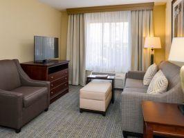 Hotel Homewood Suites By Hilton Fresno image