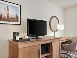Hotel Hampton Inn Phoenix-Midtown-Downtown Area image