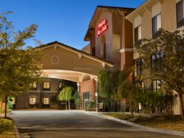Hotel Hampton Inn & Suites Thousand Oaks, CA image