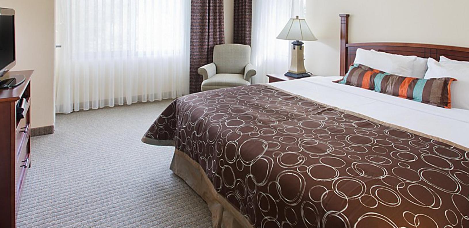 https://www.hotelsbyday.com/_data/default-hotel_image/4/22013/screenshot-2020-09-20-at-9-33-54-pm.png