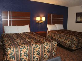 Hotel Coratel Inn & Suites Waite Park image