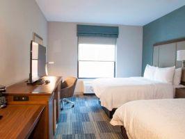 Hotel Hampton Inn & Suites Downtown St. Paul image