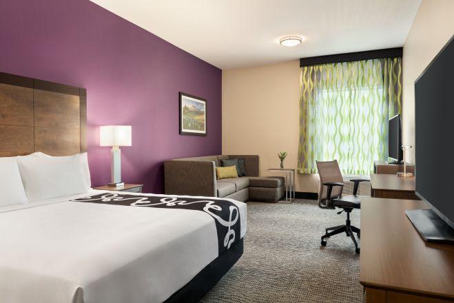 La Quinta Inn & Suites By Wyndham Burlington