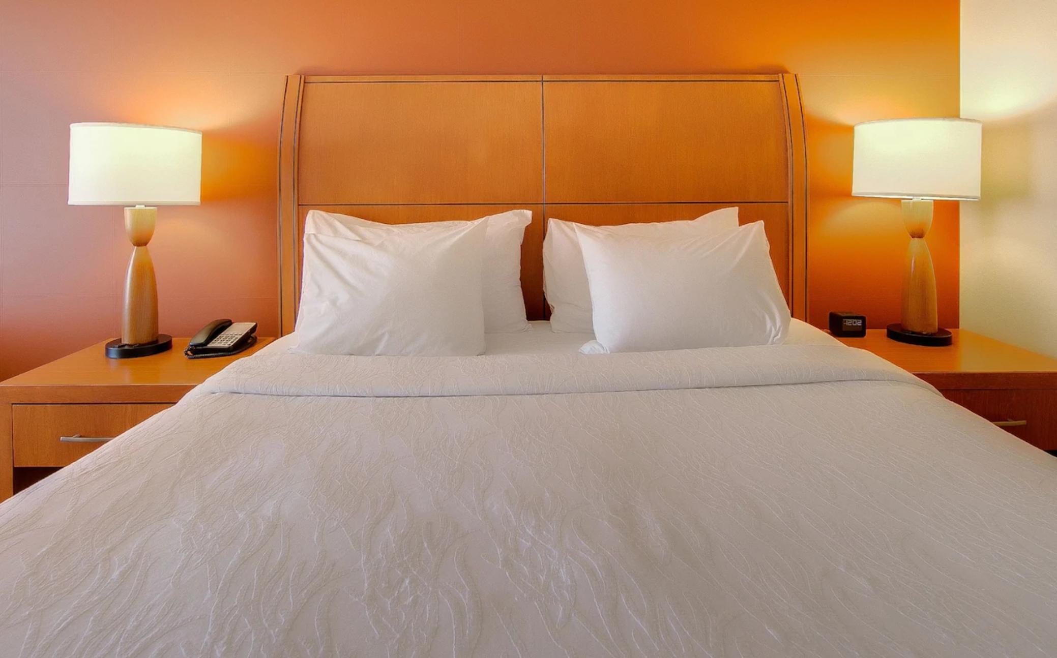 https://www.hotelsbyday.com/_data/default-hotel_image/4/23326/screenshot-2020-10-30-at-5-01-54-pm.png