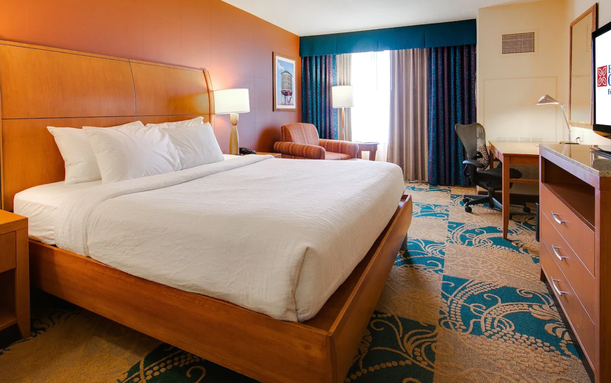 https://www.hotelsbyday.com/_data/default-hotel_image/4/23327/screenshot-2020-10-30-at-5-01-18-pm.png