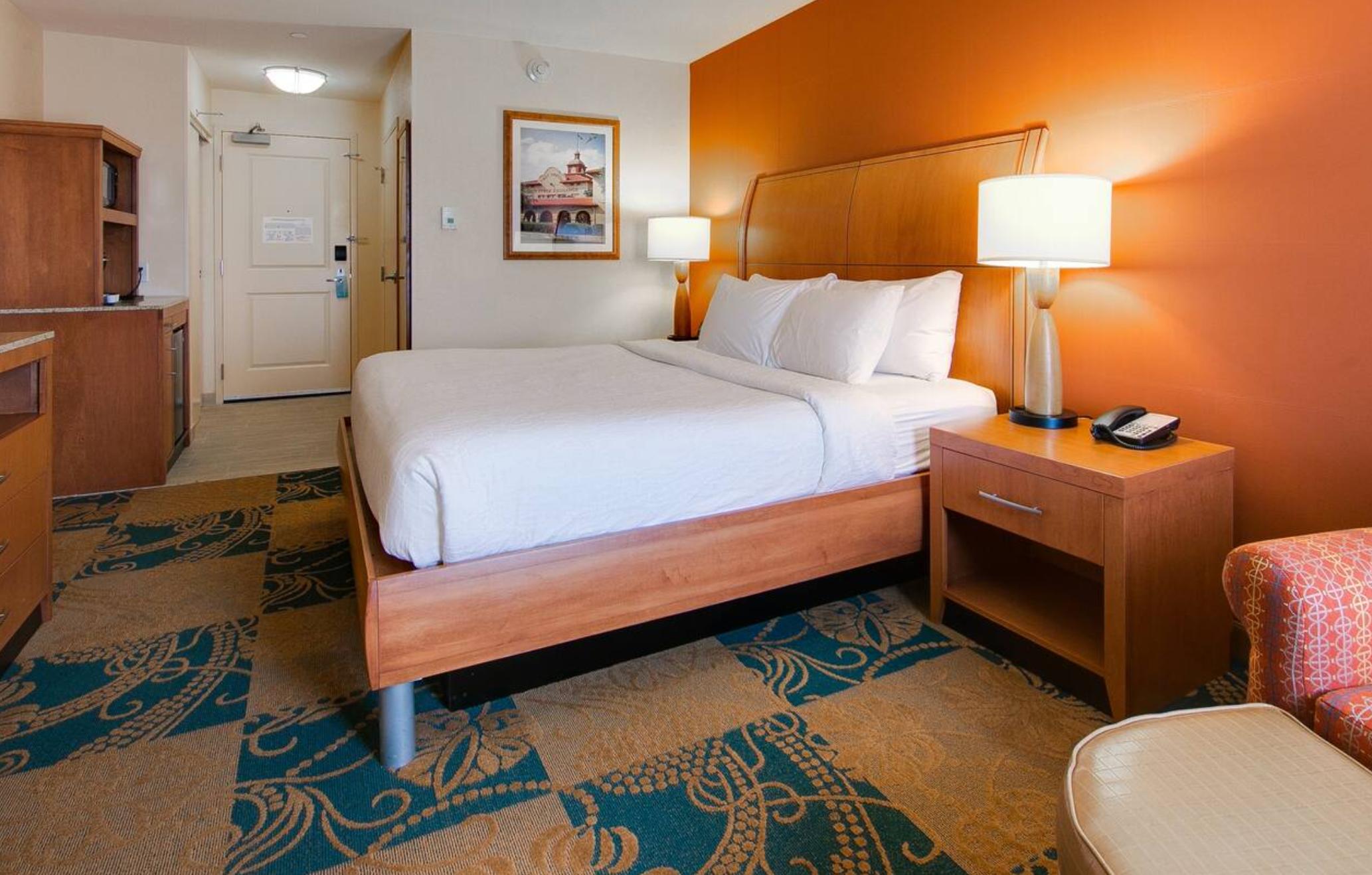 https://www.hotelsbyday.com/_data/default-hotel_image/4/23330/screenshot-2020-10-30-at-5-01-36-pm.png