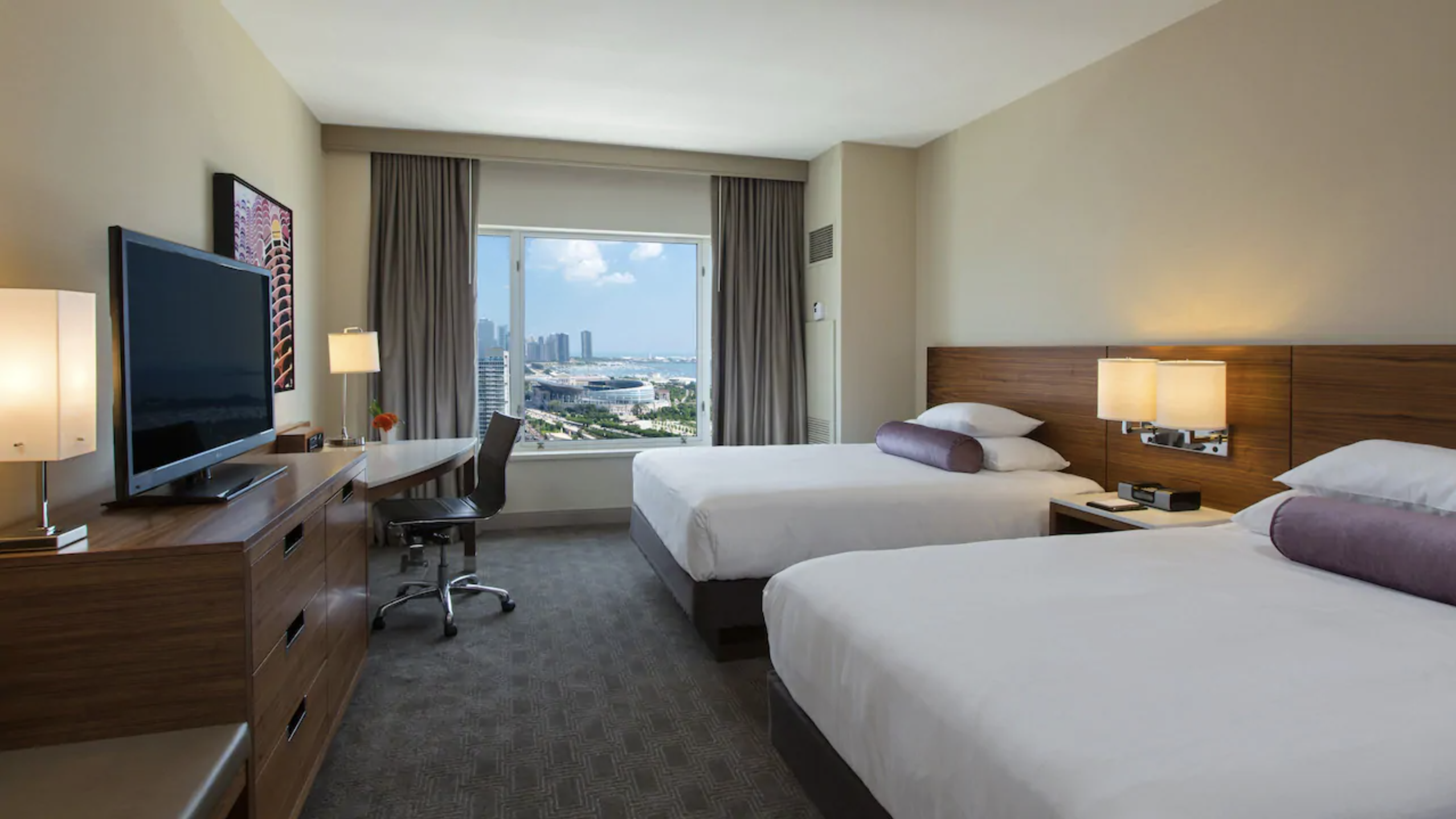 https://www.hotelsbyday.com/_data/default-hotel_image/4/23622/screen-shot-2020-11-06-at-8-28-09-pm.png