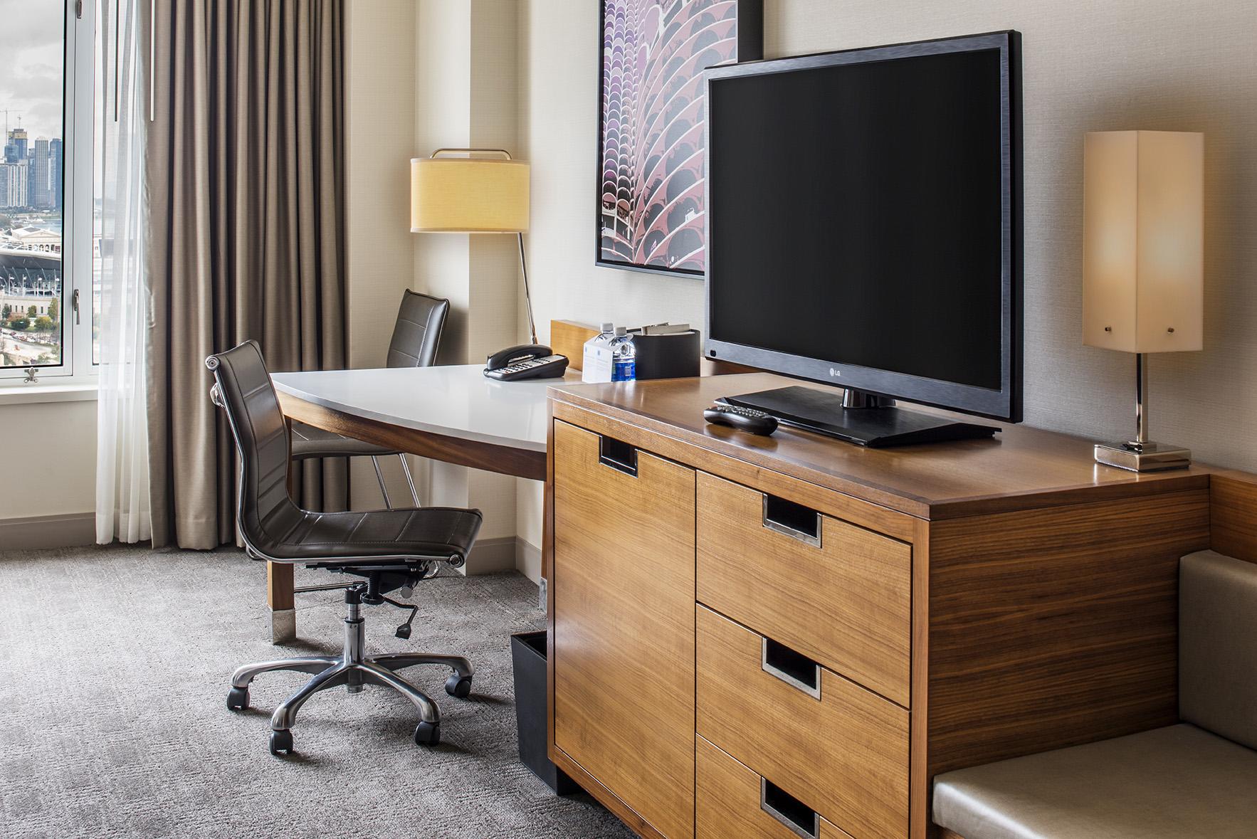 https://www.hotelsbyday.com/_data/default-hotel_image/4/23788/hyattmccormick-oct2017-137.jpg