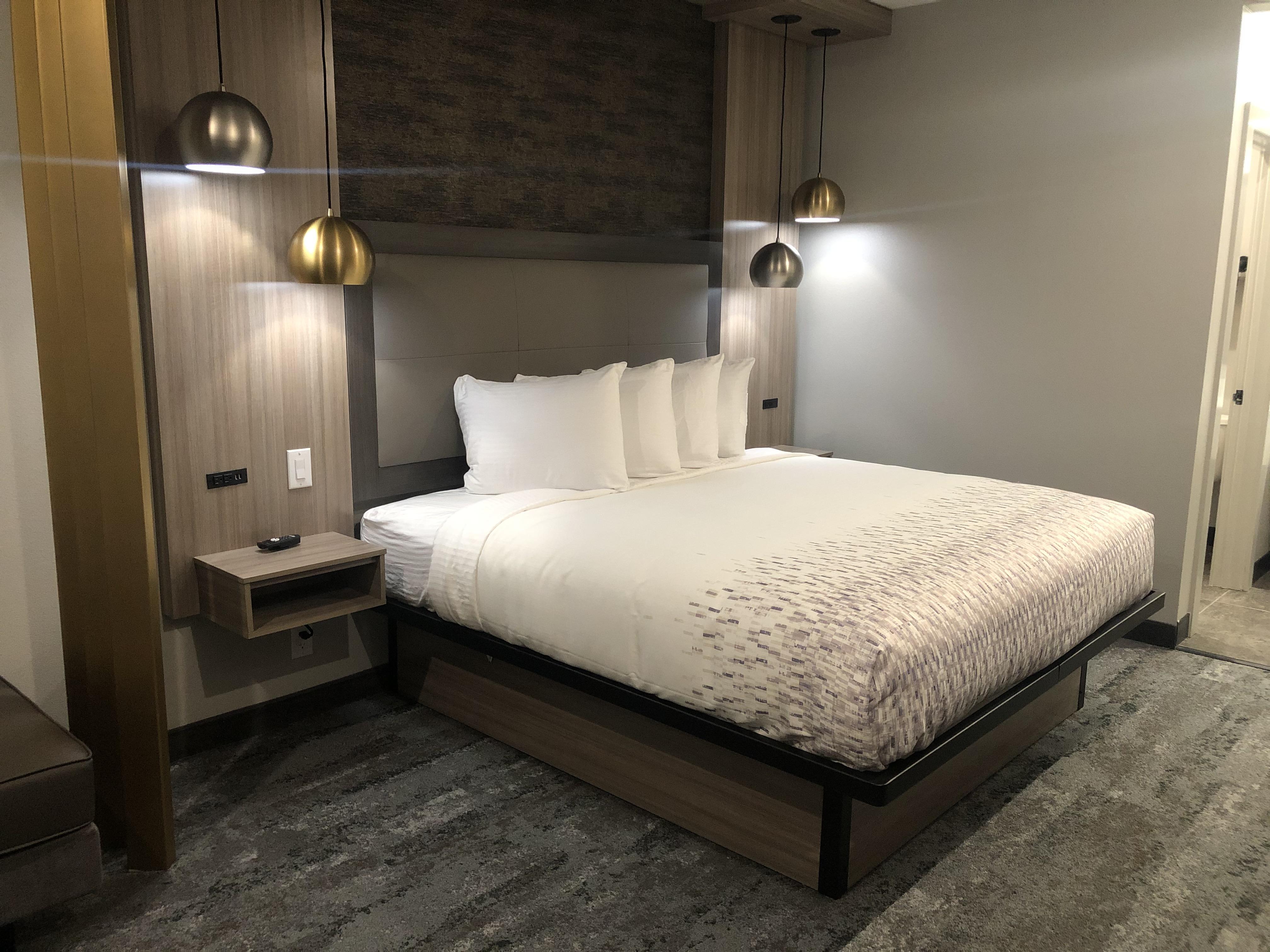 https://www.hotelsbyday.com/_data/default-hotel_image/5/26531/img-0011.jpg